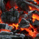 Brennmaterial für den Grill