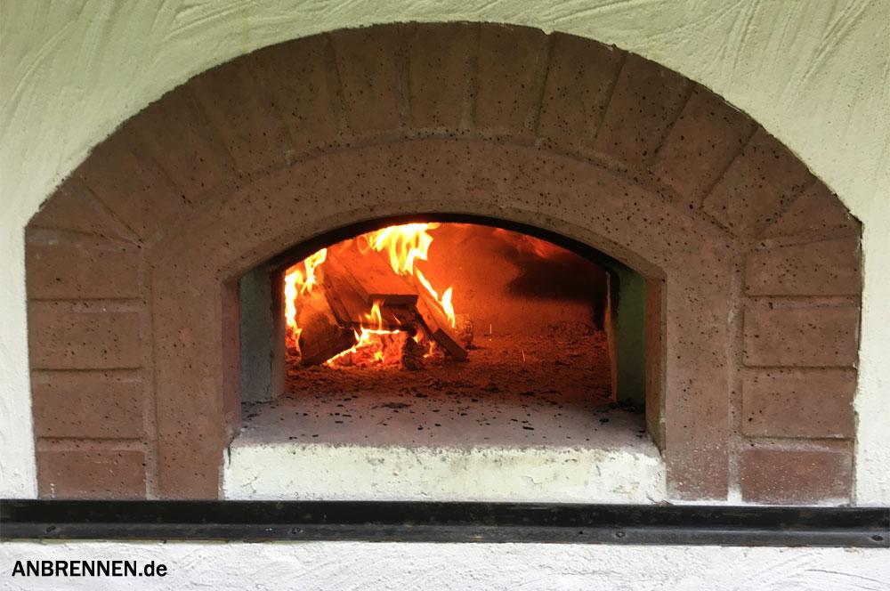 Steingrill selber bauen anleitung for Gartenkuche aus stein selber bauen