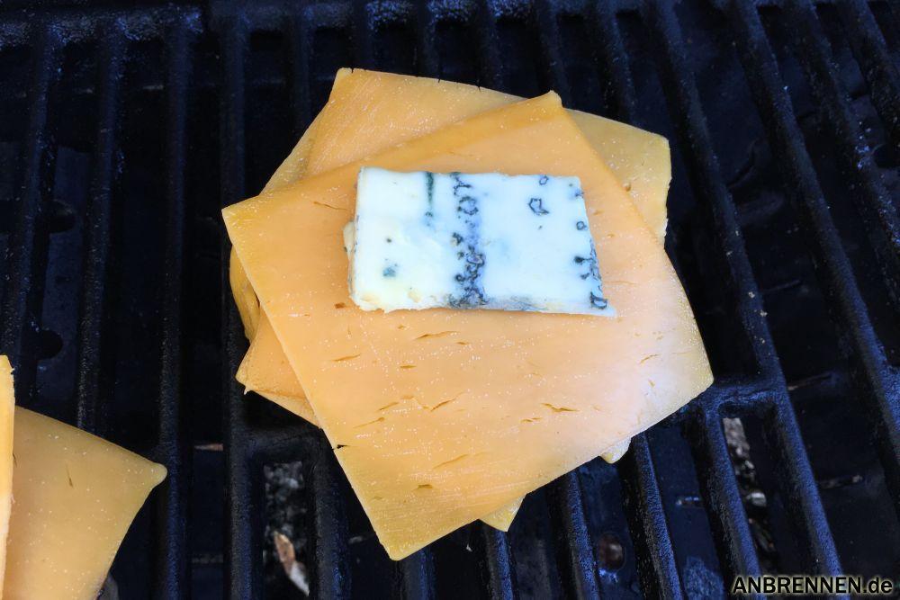 Blauschimmelkäse auf dem Grill