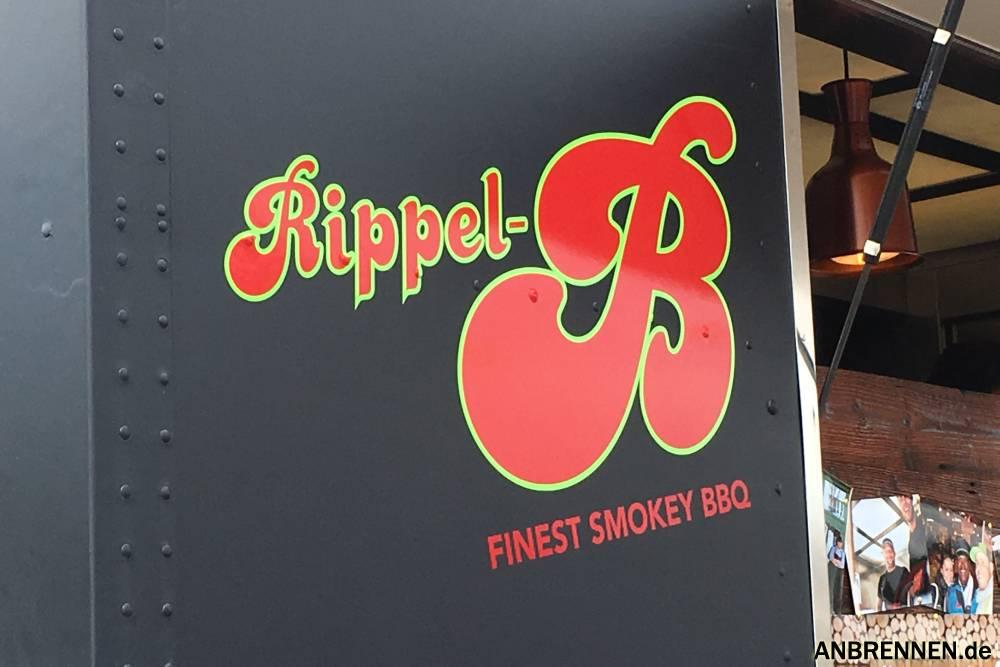 Bei Rippel-B gab es sehr leckere geräucherte Sparerips.